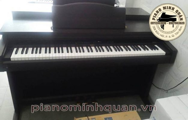 Piano điện roland