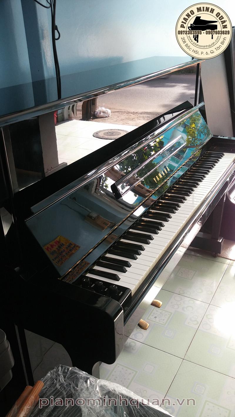 acoustic electric piano e502 piano minh qu n. Black Bedroom Furniture Sets. Home Design Ideas
